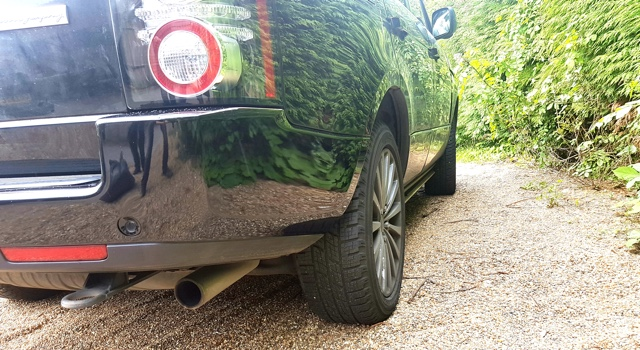 Repaired paintwork on Range Rover Vogue
